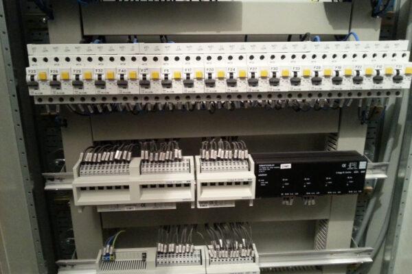 KNX-Actuator-dimming-lighting-Aurel-Persu