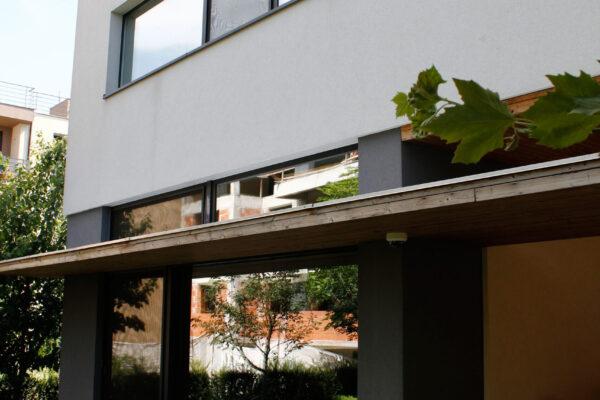 Smart-home-outdoor-Aurel-Persu