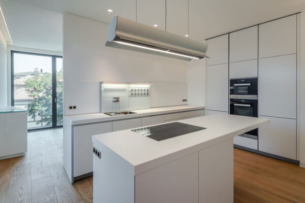 Iluminat-inteligent-bucatarie-smart-home-Mora