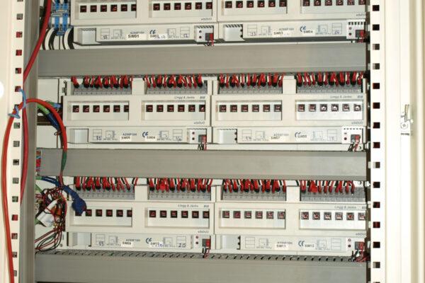 Tablou-electric-automatizare-Docentilor