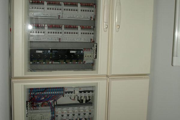 Tablouri-electrice-automatizare-Docentilor