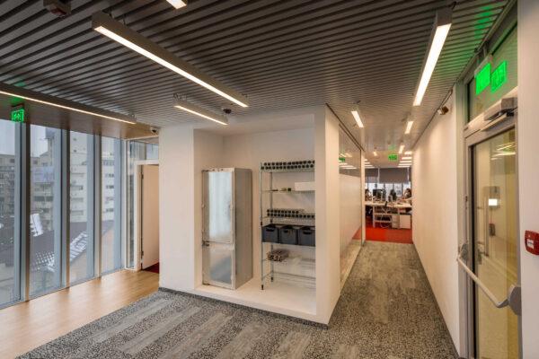 Smart-lighting-office-Simpology