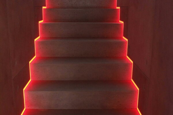 Iluminat-smart-scara-Penthouse-Z