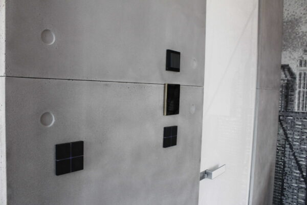 Smart-Home-Control-Touch-Panel-Keypad-Penthouse-Z