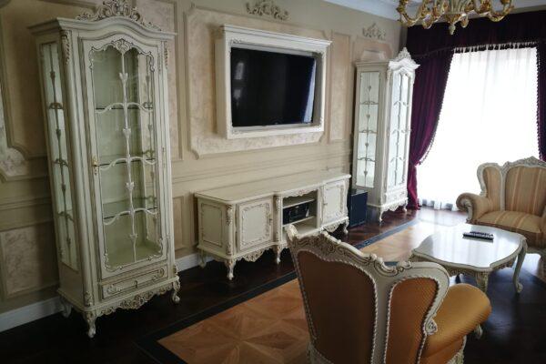 Smart-Home-zona-TV-Apartament-T