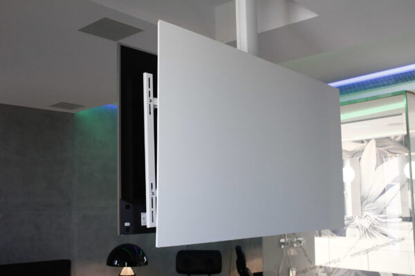 Suport-TV-Maior-Smart-Home-Penthouse-Z
