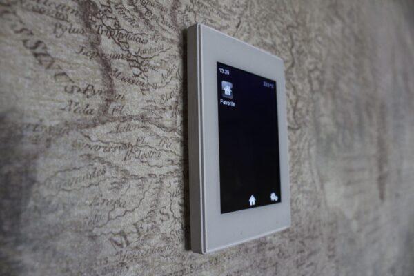 Touch-panel-Z41-Apartament-T